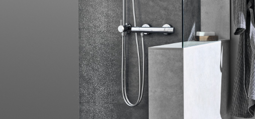 Shower system with diverter thermostatic mixer